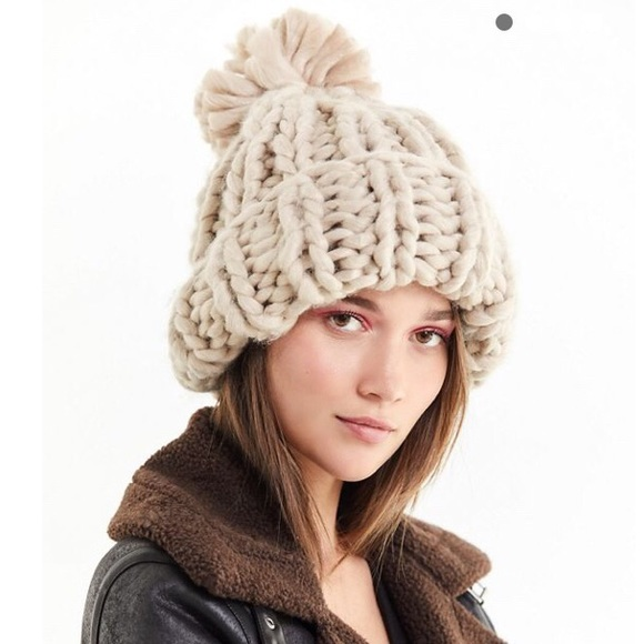 ... Chunky Knit Beanie by Urban Outfitters. M 5be70fb8534ef95924b14c67 b16ab85fd